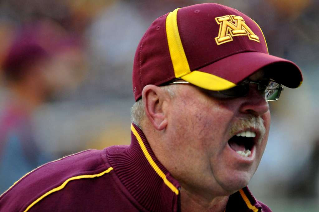 ". <p>3. MINNESOTA GOPHERS <p>Ready to kick off one of the few games they may actually win. (unranked) <p><b><a href=\'http://www.twincities.com/gophers/ci_23939013/gophers-opener-likely-be-hotter-than-last-years\' target=""_blank\""> HUH?</a></b> <p>     (Pioneer Press: John Doman)"