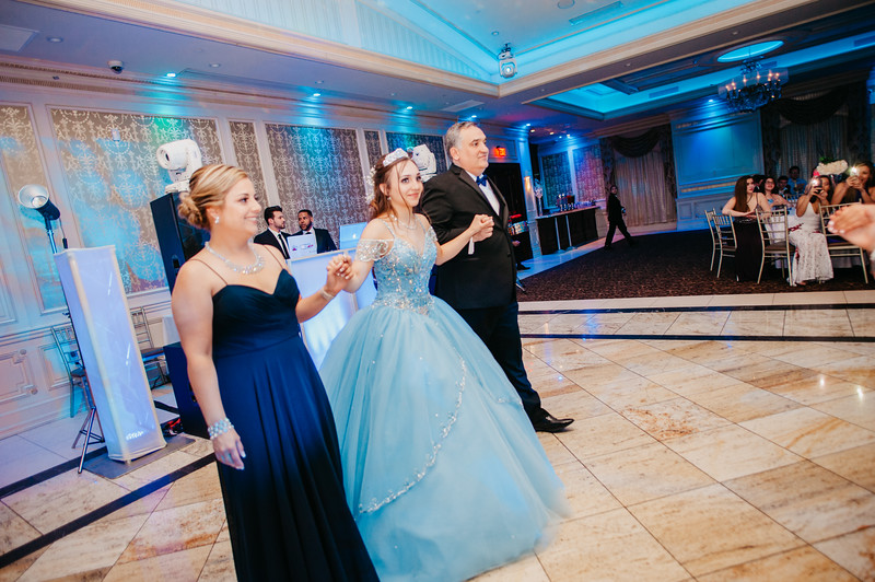 First Dance Images-104.jpg