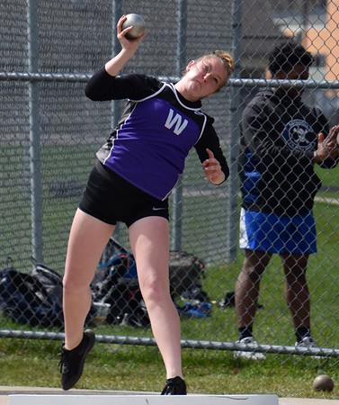 HS Sports - Gibraltar Carlson at Woodhaven Track