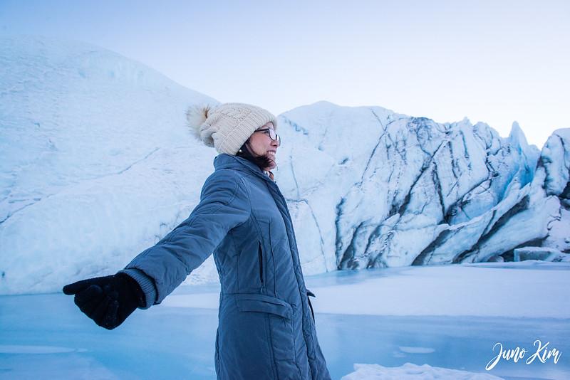 Matanuska Glacier_Karen-6105565-Juno Kim.jpg