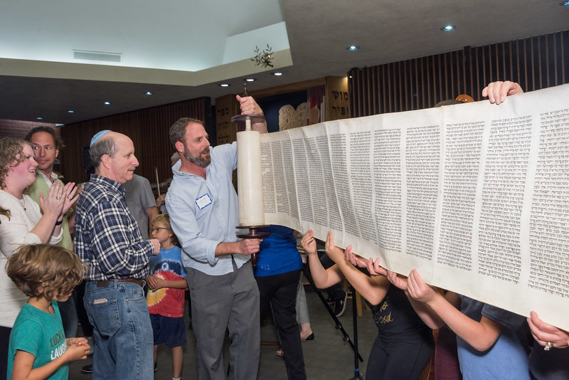 Simchat Torah-278.jpg
