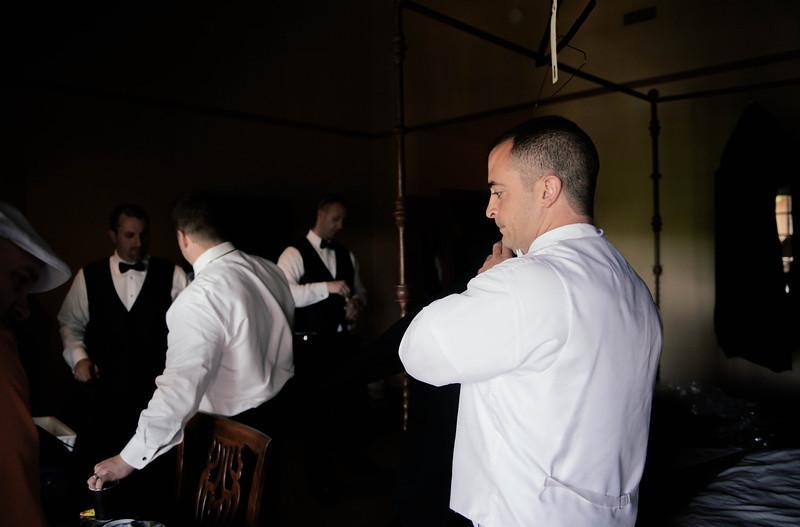 Frank & Steph Getting Ready _1 (109).jpg