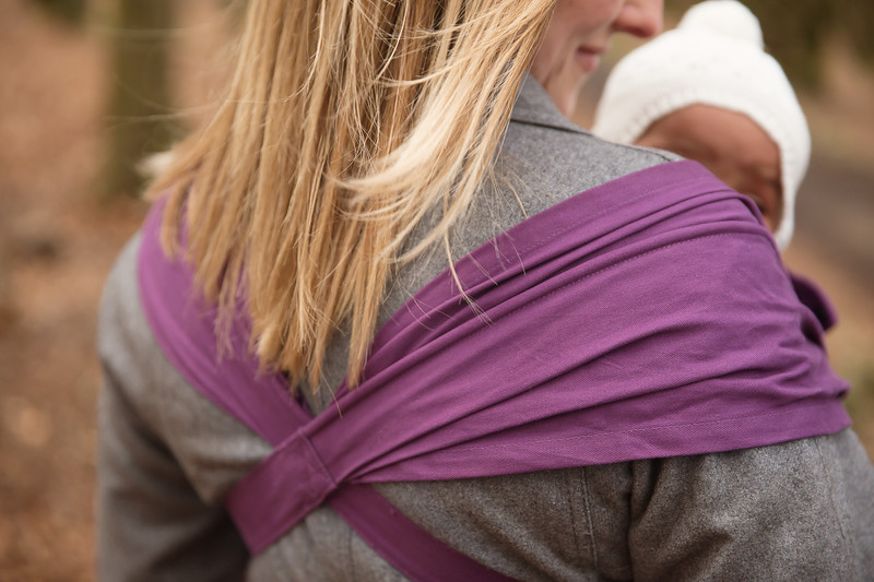 Izmi_Baby_Carrier_Cotton_Midnight_Purple_Lifestyle_Front_Carry_Shoulder_Strap_Back.jpg