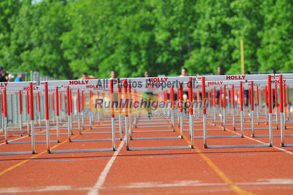 Hurdle Prelims - 2012 Oakland County Track Meet