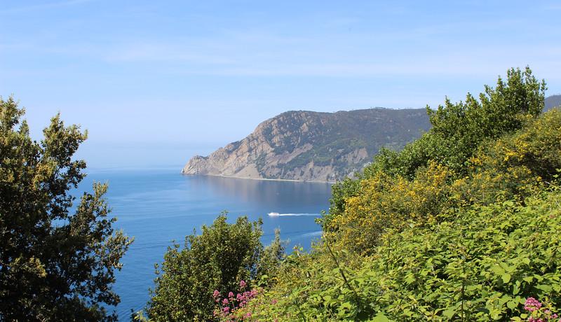 Italy-Cinque-Terre-Hiking-Blue-Path-Trail-17.JPG