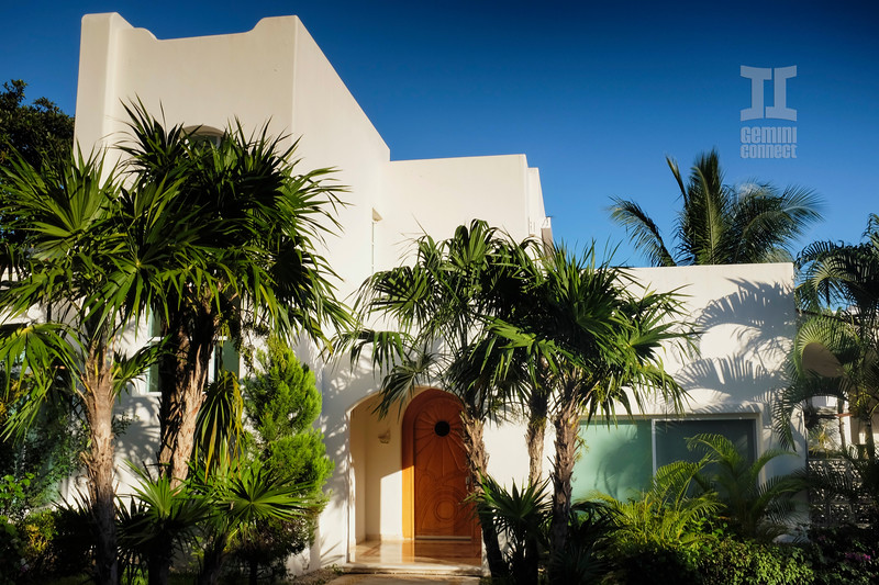 playacar-beach-house.jpg