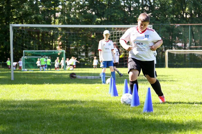 hsv_fussballschule-322_48048034612_o.jpg