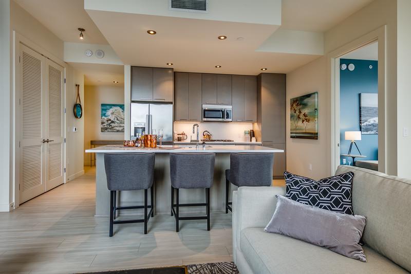 Living Room-IMG_4205_enfB.jpg