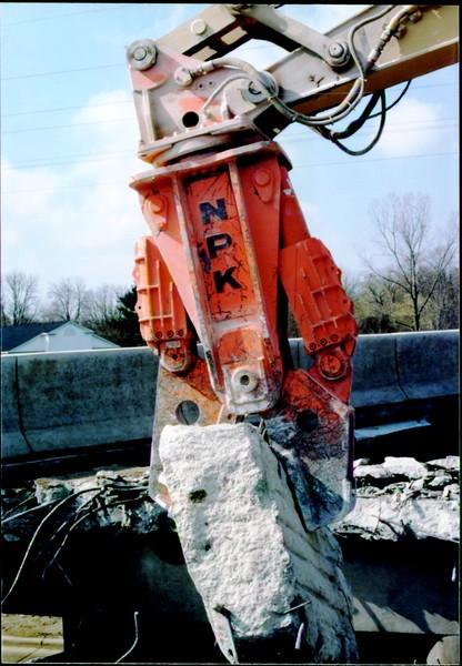 NPK M28G concrete pulverizer on Cat excavator-commercial demolition (Rt. 10) 04-08-98 (12).JPG