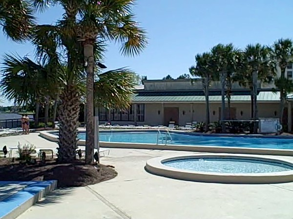 Bayside Pool 4-09-10 0 00 00-01.jpg