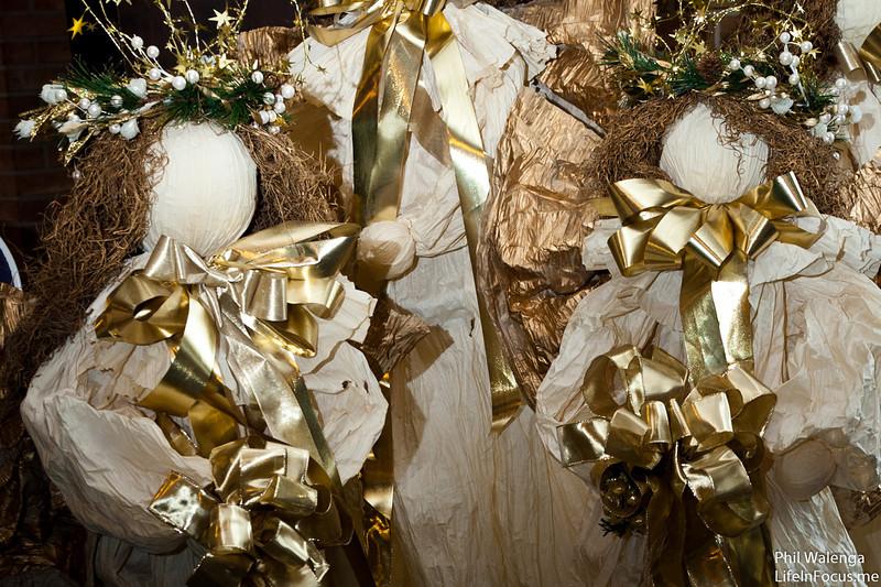 20121217 KofC Christmas Tree Setup-6282.jpg