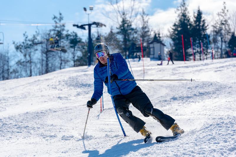 Standard-Race_2-3-18_Snow-Trails-73581.jpg
