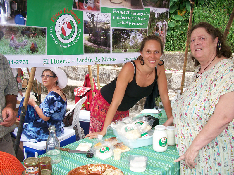 """Finca Biamonte Goat Cheeses - The gal on the right is the Cheese Maker!!  I had a mixed herb cheese that was one of the BEST cheeses I've had in Costa Rica!!!  Behind them is FABULOUS energy Maria Cecilia Matamoros - maker of the AWESOME Almond """"milk!!"""" - Leche Almendra  https://Facebook.com/profile.php?id=100001763651623 (matamoros.mariace@gmail.com - contact phone # Maria??)  You can find this Almond milk also on Wed. at Buena Tierra's Organic Feria/Farmer's Market (http://BuenaTierraOrganicMarket.blogspot.com) as well as their cafe - in Escazu (Centro)"""