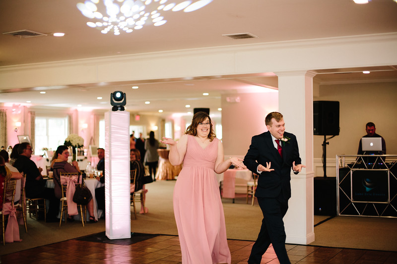 amie_and_adam_edgewood_golf_club_pa_wedding_image-794.jpg