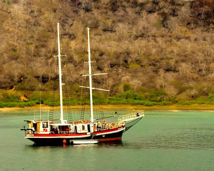 lagoonboat24-(11)redo.jpg