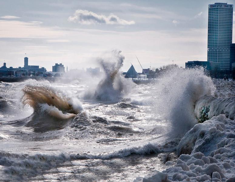 Milwaukee harbor Feb 2   2011    .jpg