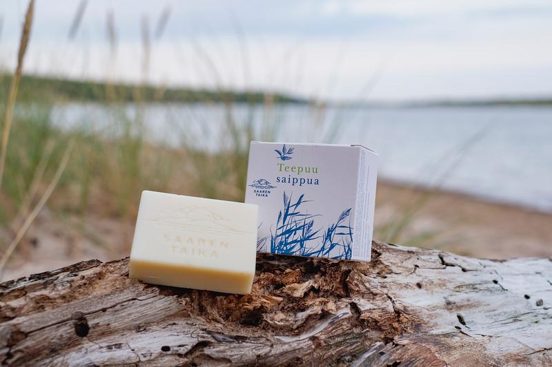 Saaren Taika teepuusaippua tea tree soap Veera suolasaippua salt soap (22 of 33).jpg