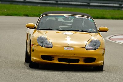 2019 SCCA TNiA May Pitt Race Yellow Porsche
