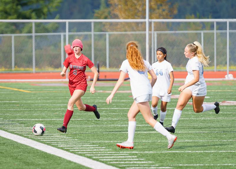 2019-09-28 Varsity Girls vs Meadowdale 123.jpg