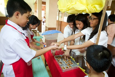 Grade 8 Baking and Selling Entrepreneurship Activity 2014
