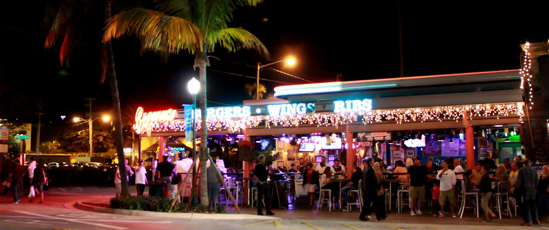 Atlantic Crossing, Lifestyle Imaging on Delray's Atlantic Avenue, Delray Beach, Florida