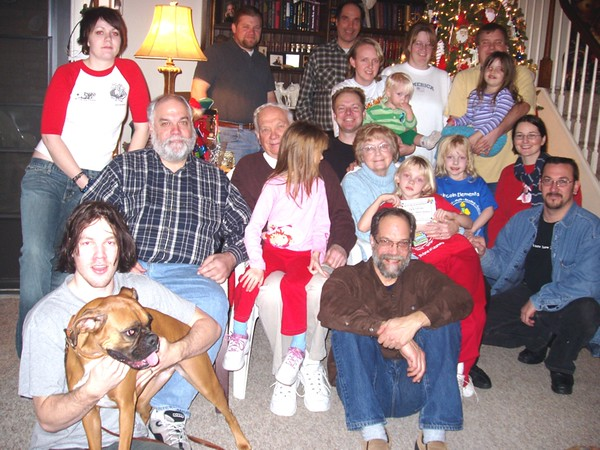Our Family plus all of Mike's, 2005.jpg