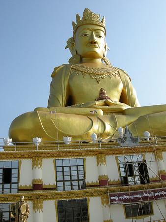 Maharkyeinthitsarshin Buddha in Yangon