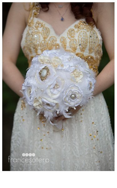 beautiful.bride.bouquet.dfw.photographer.jpg