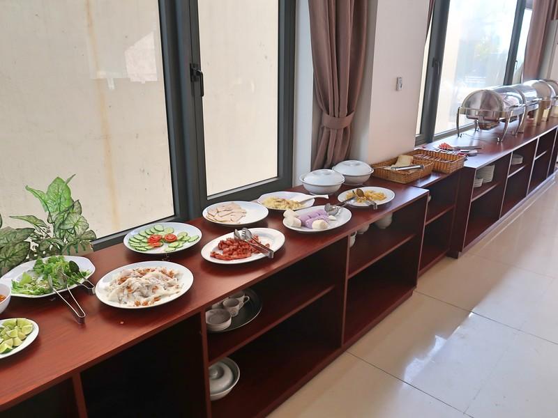 IMG_5669-hotel-breakfast.jpg