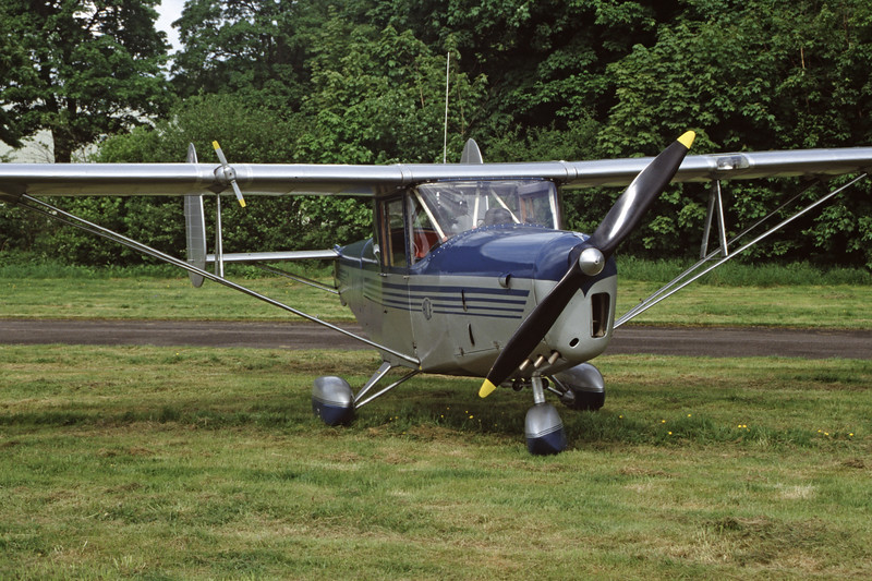 G-AKUW-ChrisleaCH-3SuperAce-Private-EGBP-1999-05-15-FY-35-KBVPCollection.jpg