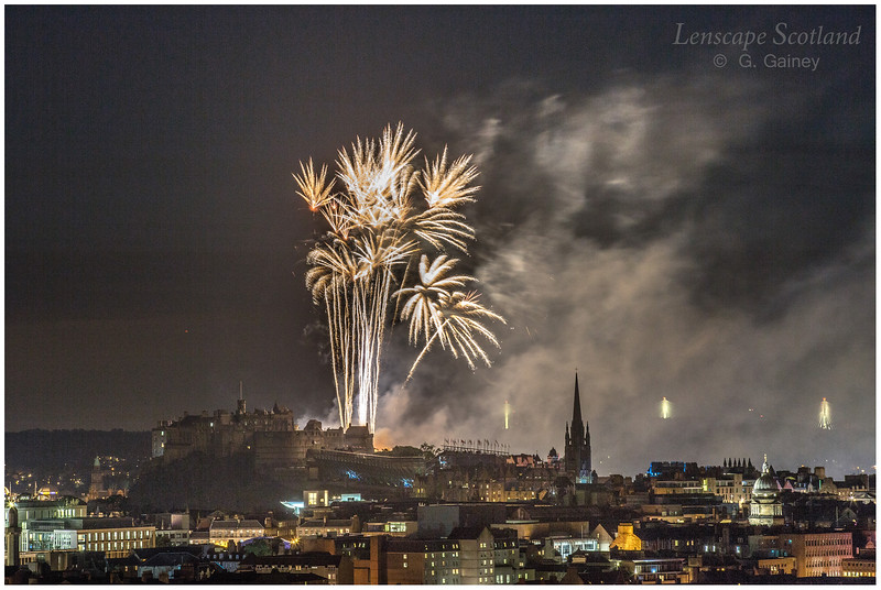 Fireworks over Edinburgh Castle from Holyrood Park (7)