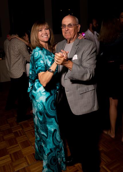 Lindsay & John-467.jpg