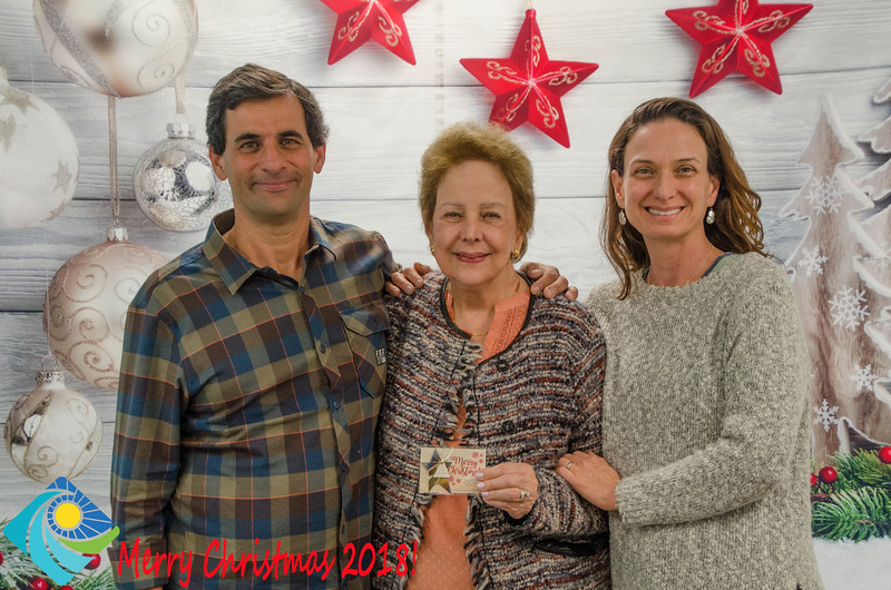 Christmas Photobooth 2018 Sunday-161.jpg