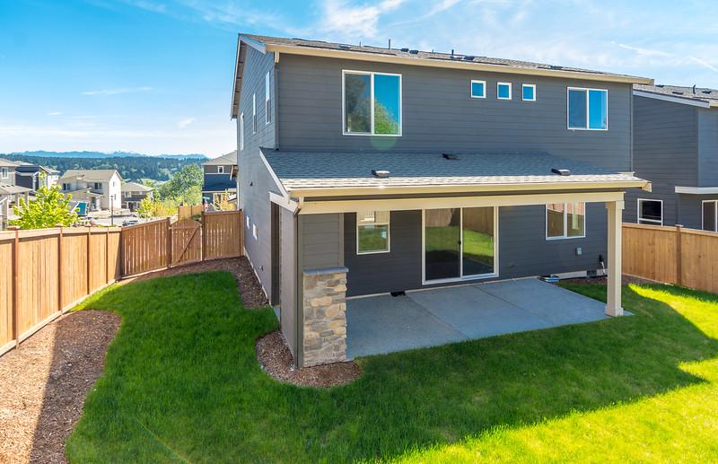 Marinwood_Homesite37_Backyard2.jpg