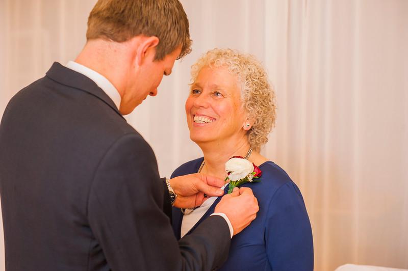 john-lauren-burgoyne-wedding-352.jpg