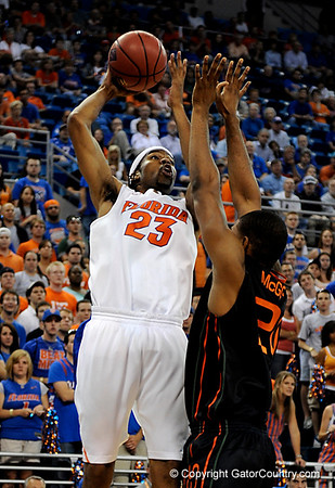 Photo Gallery: Men's Basketball NIT Tournament, UF vs Miami, 3/20/09
