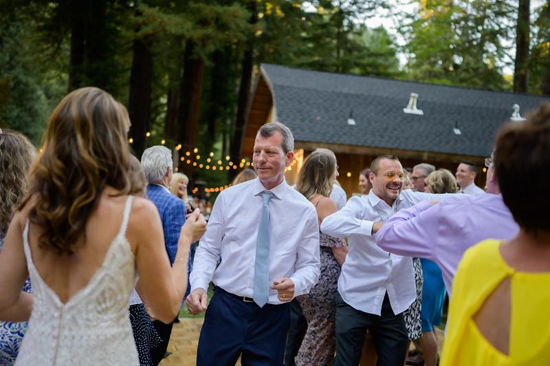 Z06_3221_Terri_and_Dave_The_Redwood_Barn_Scotts_Valley_Wedding_Photography.jpg