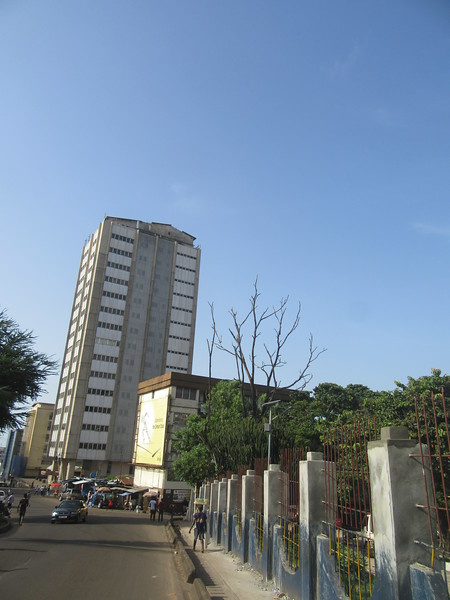 028_Freetown. The Central Bank. The Tallest Building in Sierrra Leone.JPG