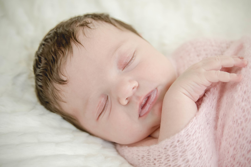 Haylee newborn session-14.jpg