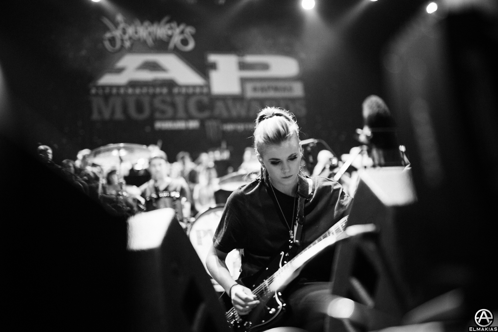 Lynn Gunn of PVRIS rehearsing at the APMAs 2015 by Adam Elmakias
