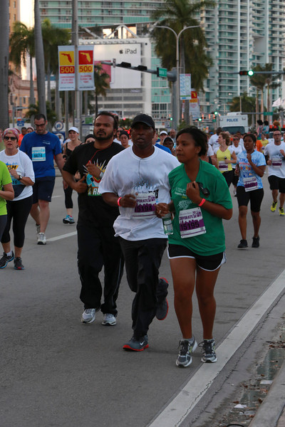 MB-Corp-Run-2013-Miami-_D0684-2480619719-O.jpg