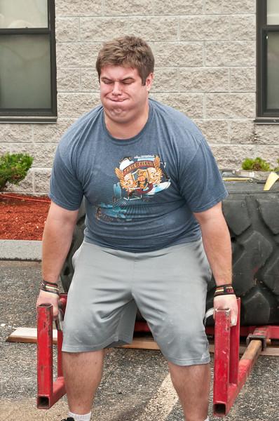 Fitness Revolution Strongman Challenge 2011_ERF3807.jpg