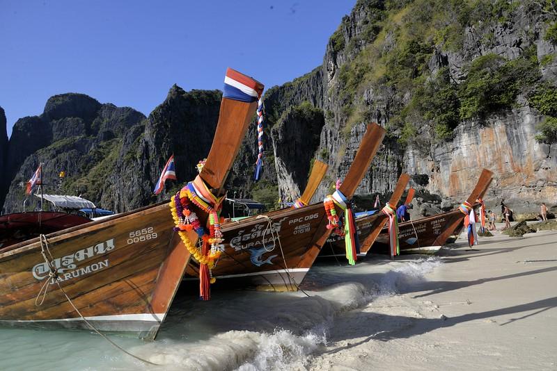 _DG17520-12R Maya Beach, Phi Phi Island, Phuket, Thailand.JPG