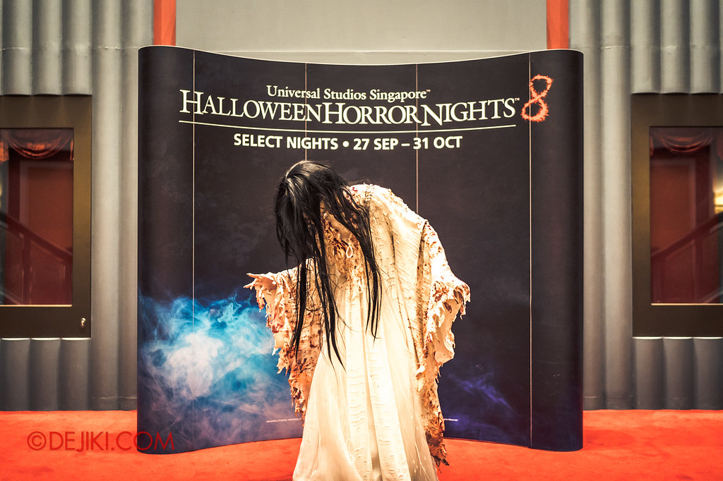 USS Halloween Horror Nights 8 RIP Tour Review - VIP Meet and Greet with Pontianak