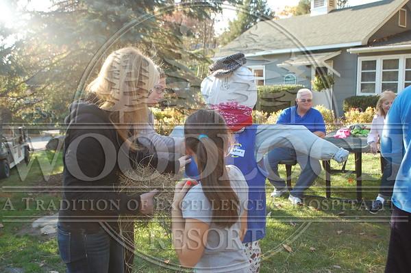 October 17 - Scarecrow Contest