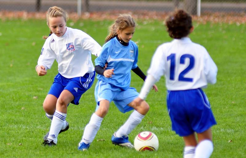 plainville u-11 girls soccer 10-17-10-077.jpg