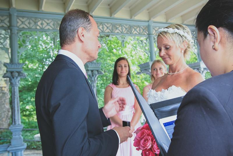 Inger & Anders - Central Park Wedding-31.jpg