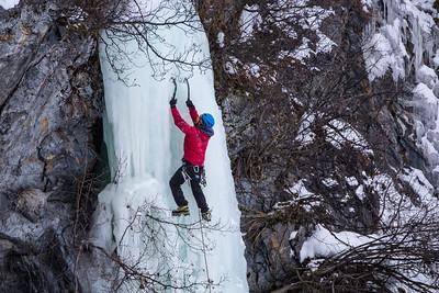 Knik Gorge Ice Climbing w/ Travis and Alexandra 02/20/19