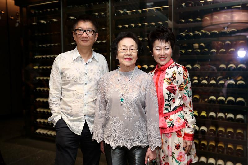 VividSnaps-Anne-Wong's-70th-Birthday-WO-Border-28295.JPG
