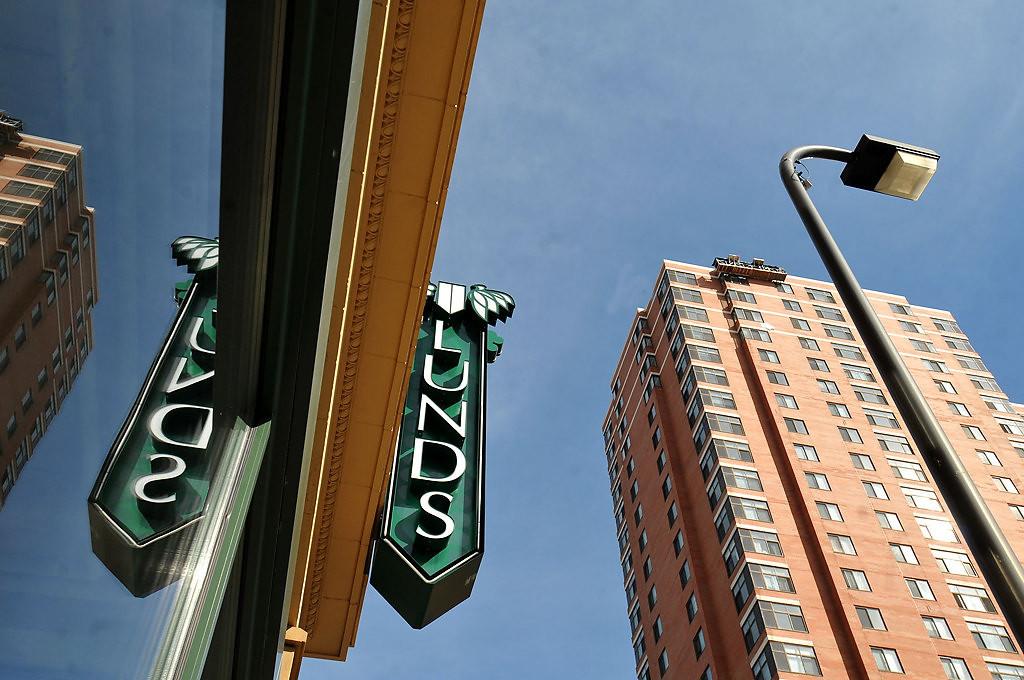 . The Minneapolis downtown Lunds. (Pioneer Press: John Doman)